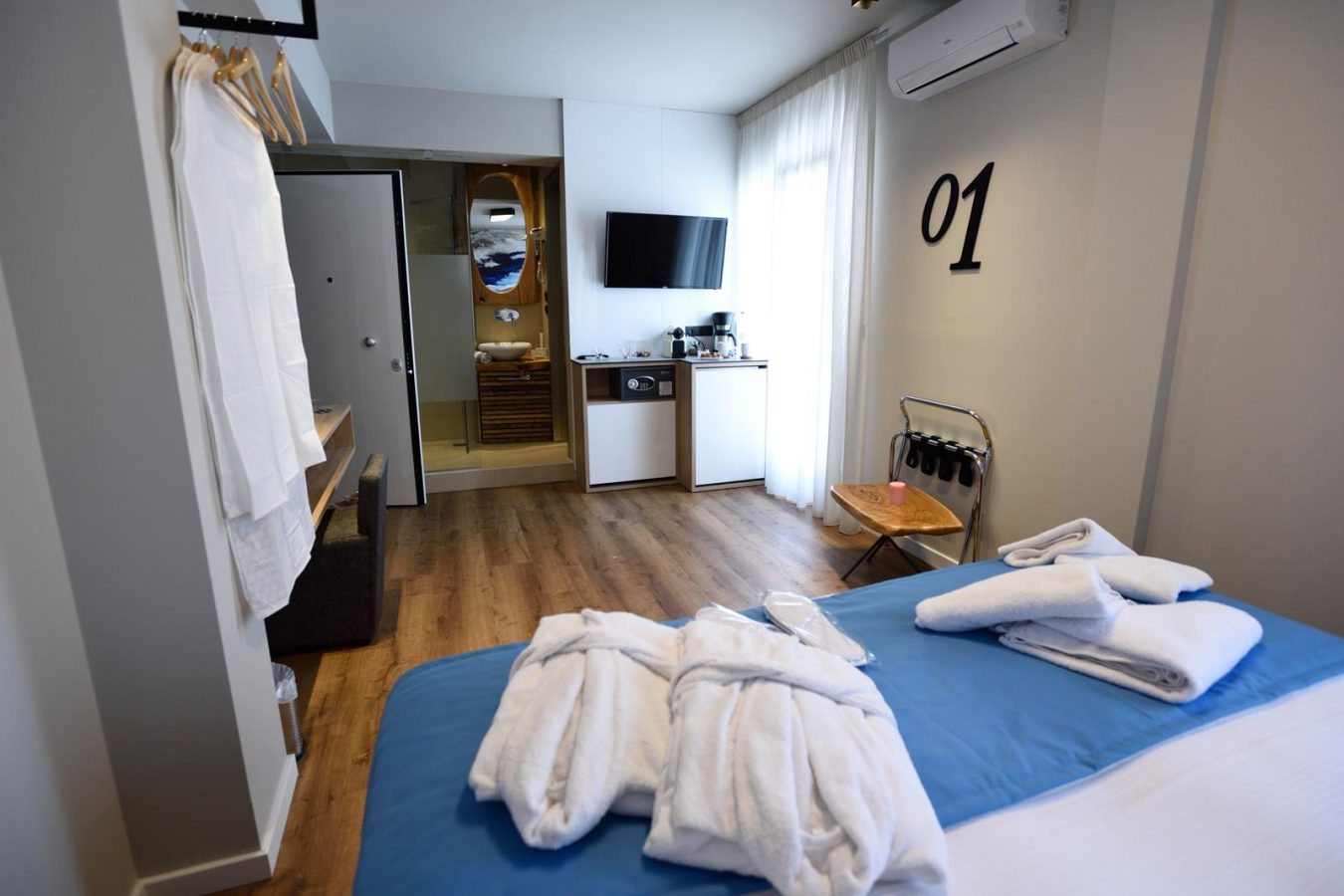 accommodation thessaloniki center - magnifique luxury suites